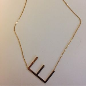 Jewelry - E necklace